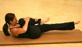 Single Leg Stretch Exercise Pilates